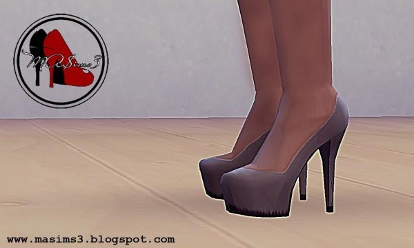 MA$ims 3: High Heel Platform Pumps