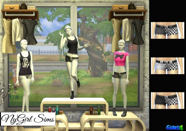 NY Girl Sims: Checkered Split Leg Fray Shorts