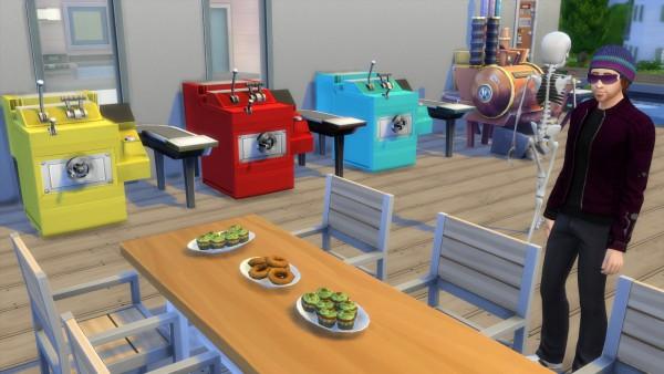 Mod The Sims: Smaller cupcake machine by Esmeralda
