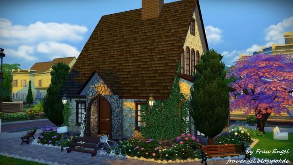 Frau Engel: Lavender house