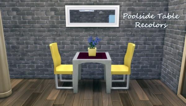 Hamburgercakes: Poolside table
