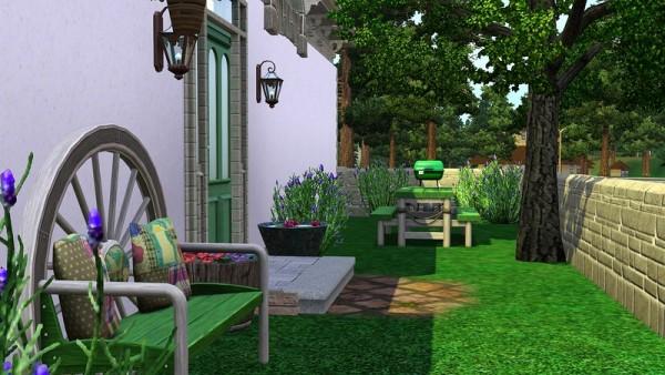 Ihelen Sims: Green Shutters