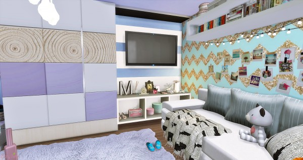 Mony Sims: Teenager Bedroom