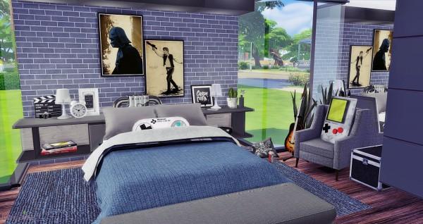 Mony Sims: Hey Boy Bedroom