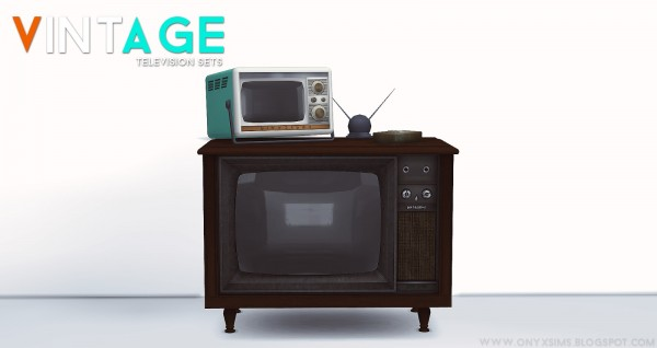 Onyx Sims: 2 Vintage Televisions