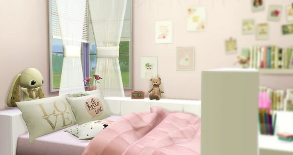 Caeley Sims: Girly Room