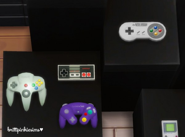 Brittpinkiesims: 4000+ Followers Gift: Gaming Set!