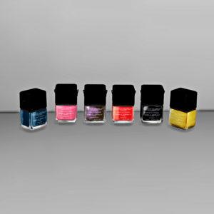Leo 4 Sims: Nail Polish Makeup Bag