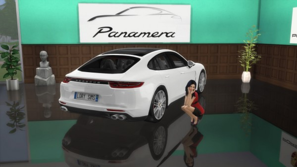 Lory Sims: Porsche Panamera Turbo