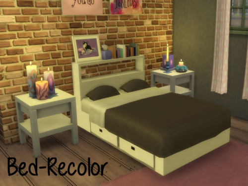 Chillis Sims: Bed RC1