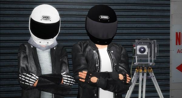Nyuska: Pose pack: Moto and Shoei helmet
