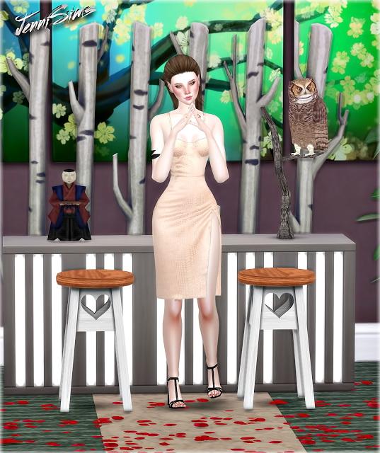 Jenni Sims: Tea Roses  Decoratives, Chair Country, Rose petals