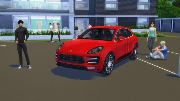 Lory Sims: Porsche Macan Turbo