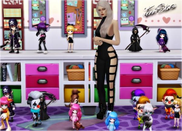 Jenni Sims: Decoratives Dolls