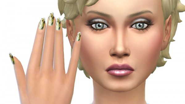 La Luna Rossa Sims: Flower nails