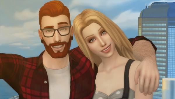 David Veiga: Selfie poses for couple