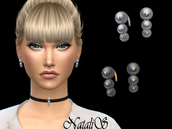 The Sims Resource: Triple pearl earrings by NataliS