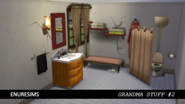Enure Sims: Grandma Stuff 2