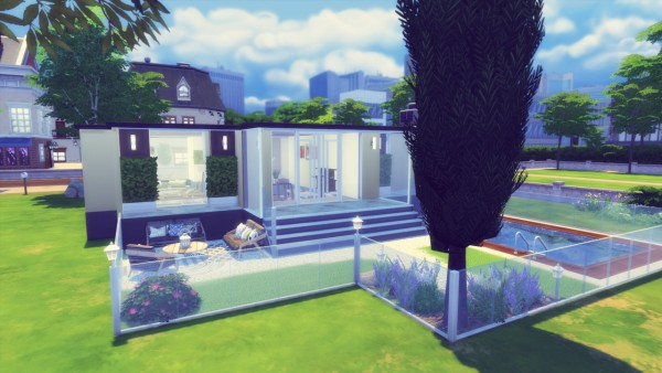 Simming With Mary: Blackwood House