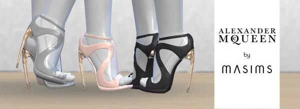 MA$ims 3: Horn sandals