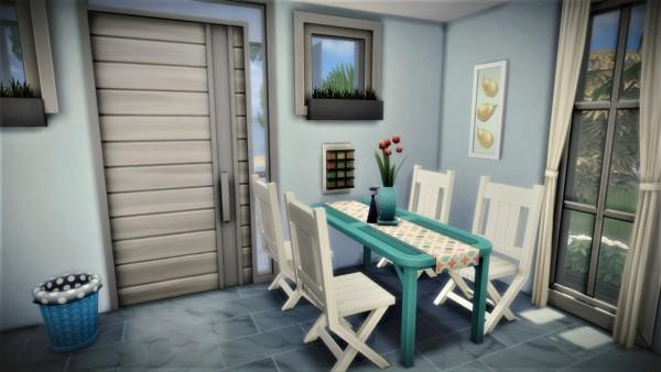 Agathea k: Beach house