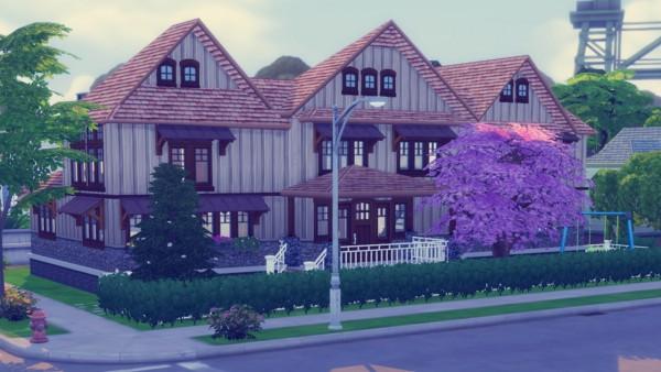 Simming With Mary: Stony Creek house