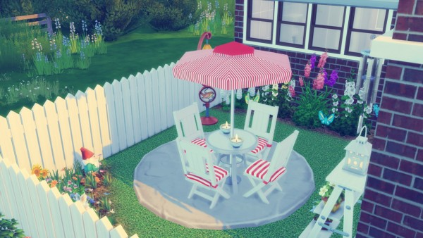 Simming With Mary: Family Home
