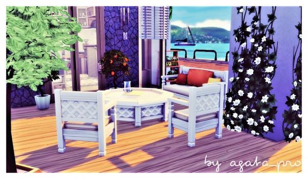 Agathea k: Modern in Dock