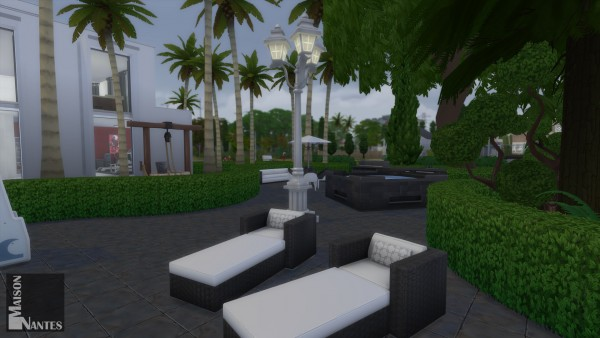 Mod The Sims: Maison Nantes (No CC) by BrazilianLook