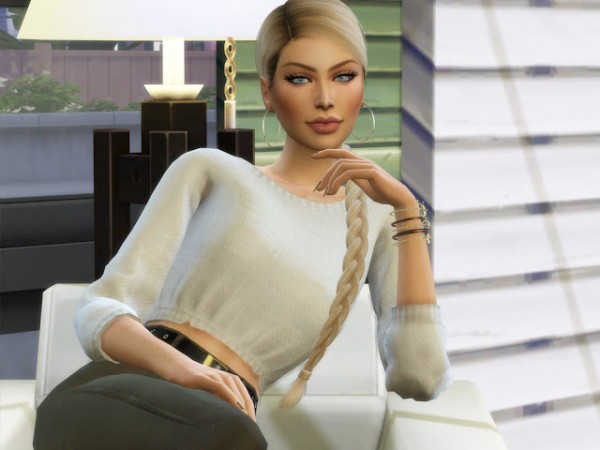MSQ Sims: Amy Henley