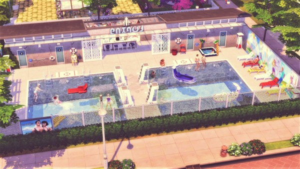 Agathea k: Newcrest Public Pool