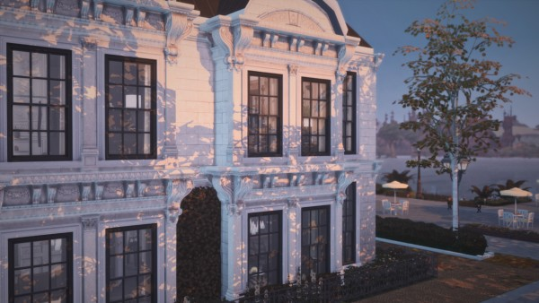 Gravy Sims: Luxury Restaurant and Apartment