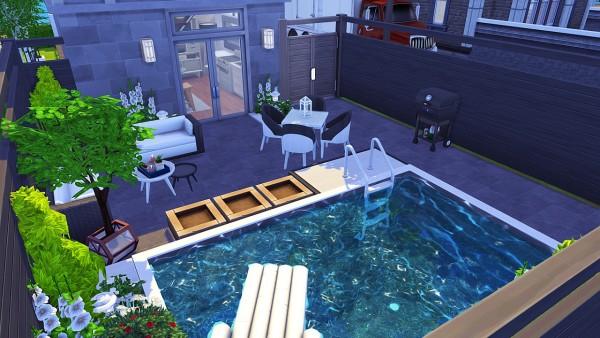 Aveline Sims: Japanese Tiny House
