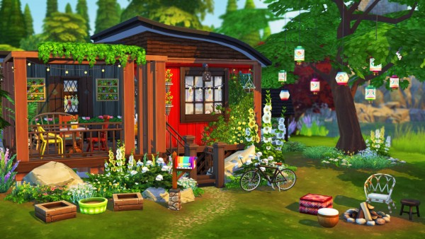 Aveline Sims: Hippies tiny house