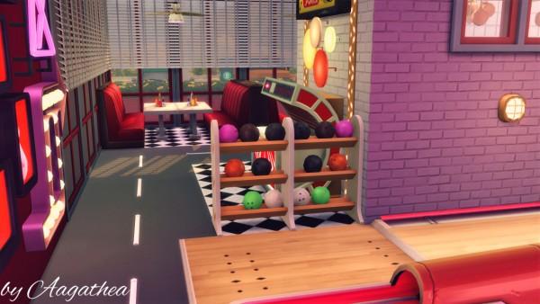Agathea k: Space Burger Restaurant
