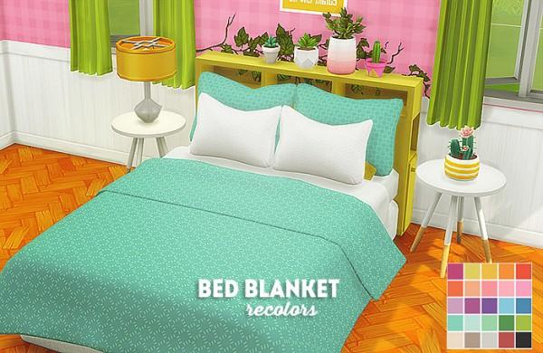 LinaCherie: Bed blanket recolors