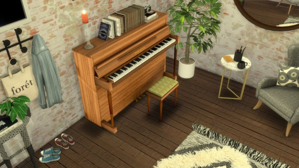 Mod The Sims: Small British piano by PeterJames88