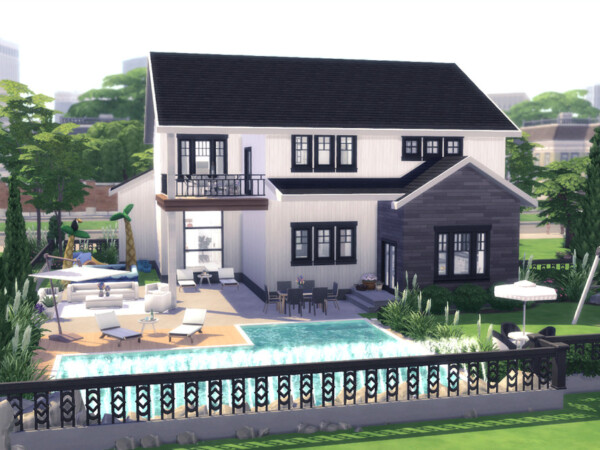 Family Suburban Home by Summerr Plays from TSR