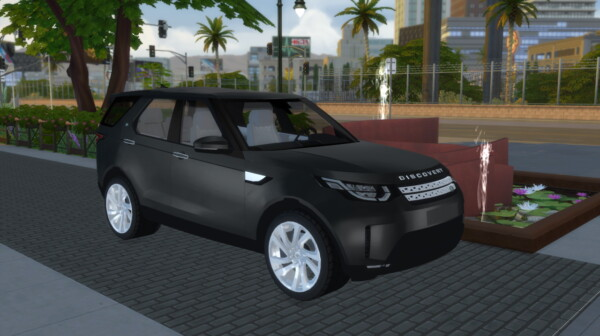 Land Rover Discovery 5 from Lory Sims