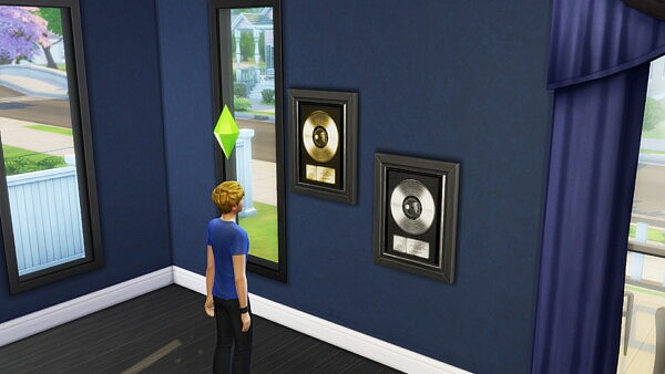 Gold and Platinum Records Set Wall Hangings Sims 4