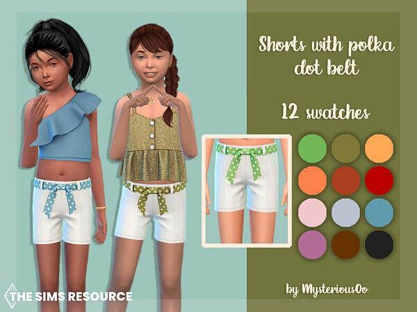 Shorts with polka dot belt