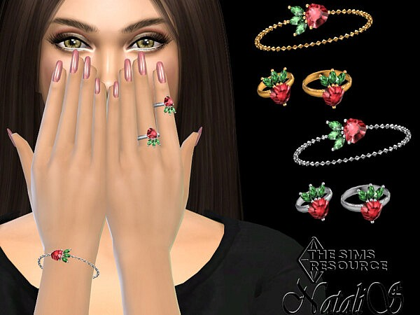 Strawberry chain bracelet with ring left