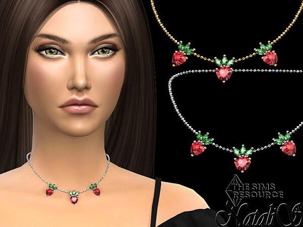 Strawberry pendant chain necklace